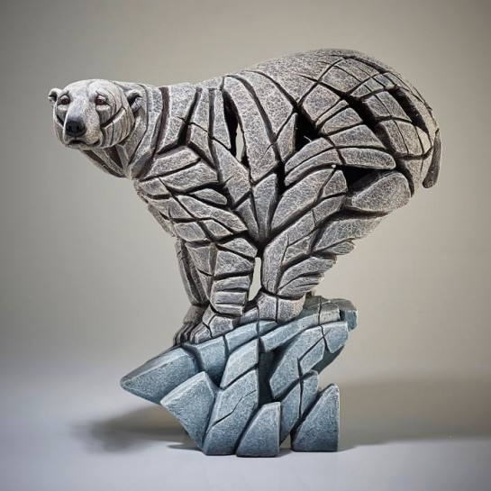 Edge Sculpture Polar Bear