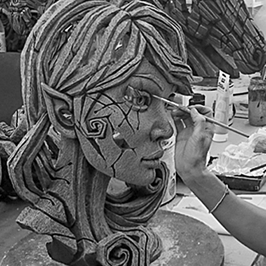 An Elf bust being expertly painted