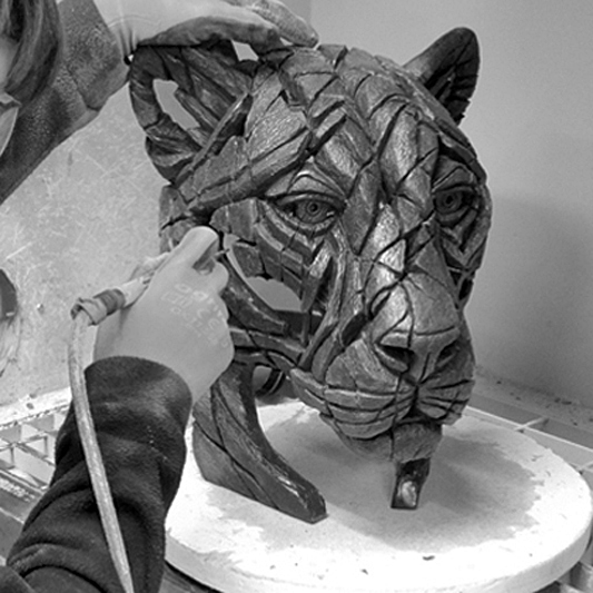 Fettling a Panther bust
